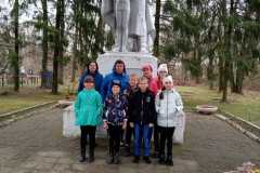 Вишнёвский ДК. Экскурсия к памятнику Воина-Освободителя
