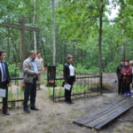 В Климовском районе почтили память жителей сожженной деревни Парасочки