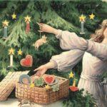 «Новогодние игрушки, свечи и хлопушки в нём…»